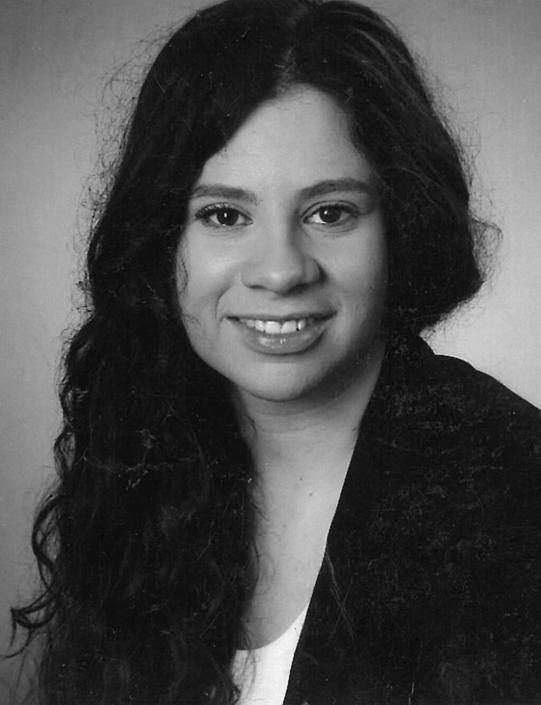 <b>Madeline Lourenco Pinto</b>